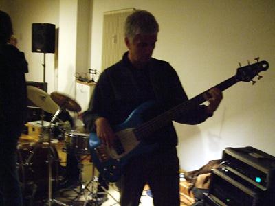 Die Liveband mit Dr. Kai-Uwe Hellmann am Schlagzeug!